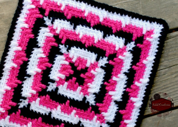 Block #11 in the Moogly Afghan CAL for 2016! All are free - join today!