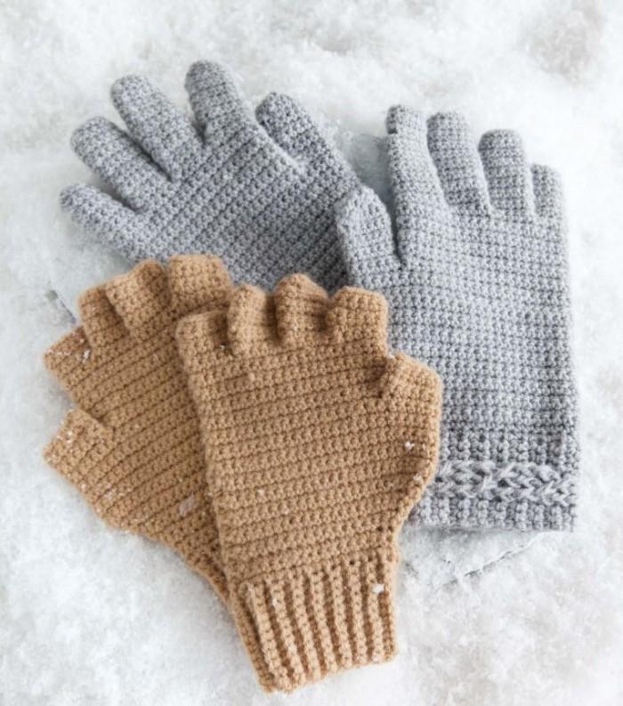 Excerpt from Hand-Picked Gloves and Mitts by Karen McKenna