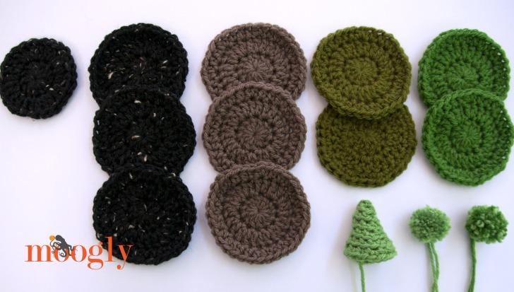 Everlasting Crochet Terrarium - free crochet pattern on Moogly!
