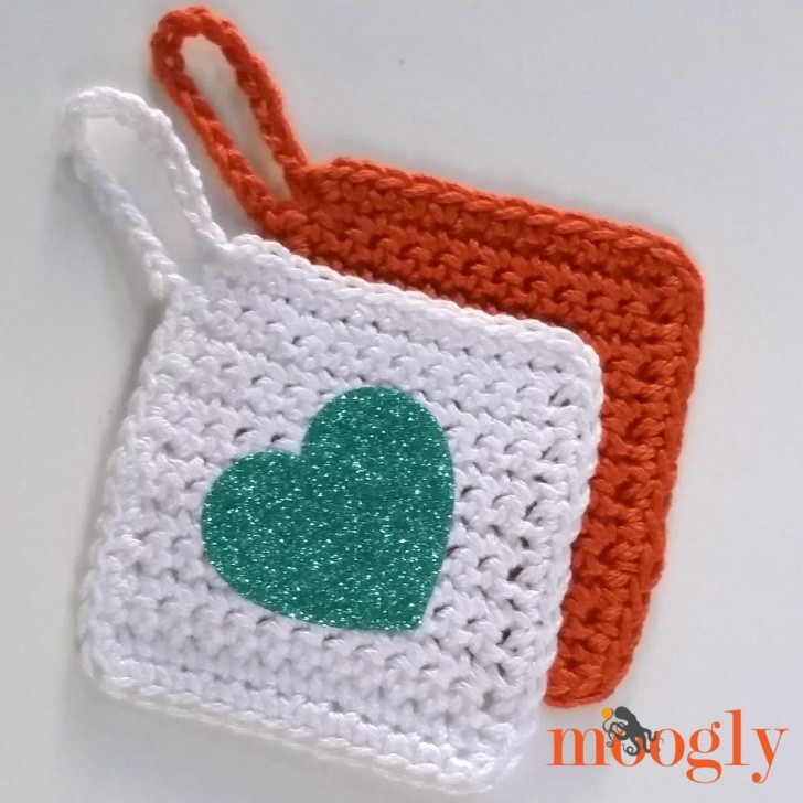 Beginner's Crochet Hanging Tag