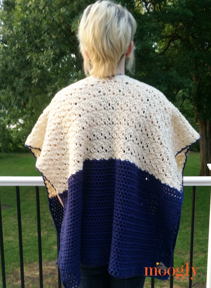Seaside Ruana - free crochet pattern on Mooglyblog.com!