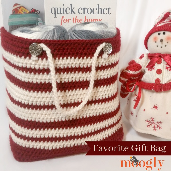 Favorite Gift Bag - free crochet pattern for a more eco-friendly holiday on Mooglyblog.com!