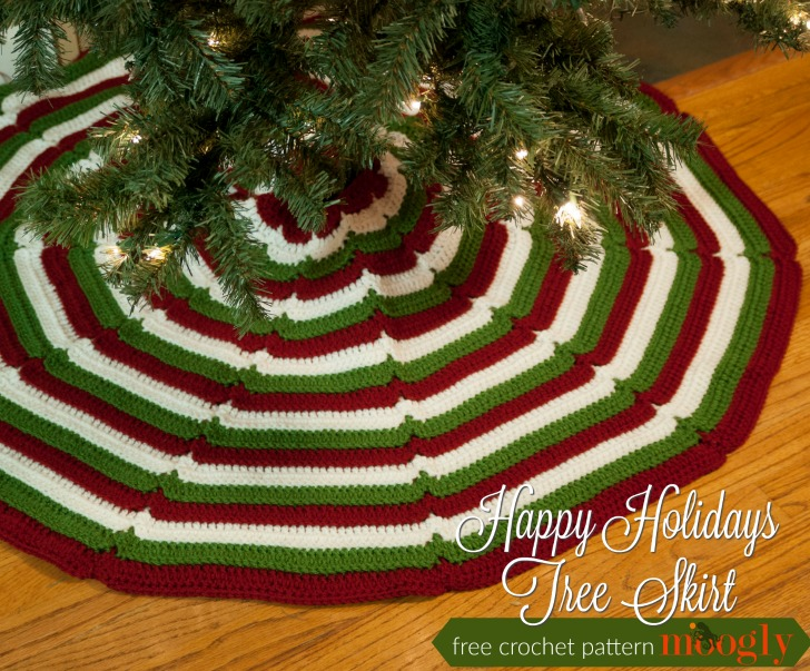 happy holidays tree skirt free crochet pattern on mooglyblogcom - Christmas Tree Skirt Pattern