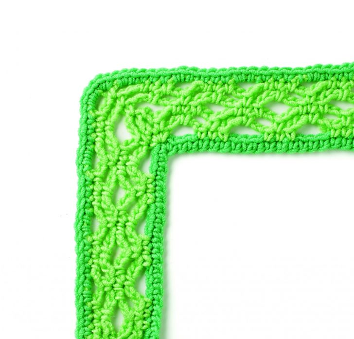 Border #71 from Edie Eckman's Every Which Way Crochet Borders! Sample this pattern for free on Mooglyblog.com!