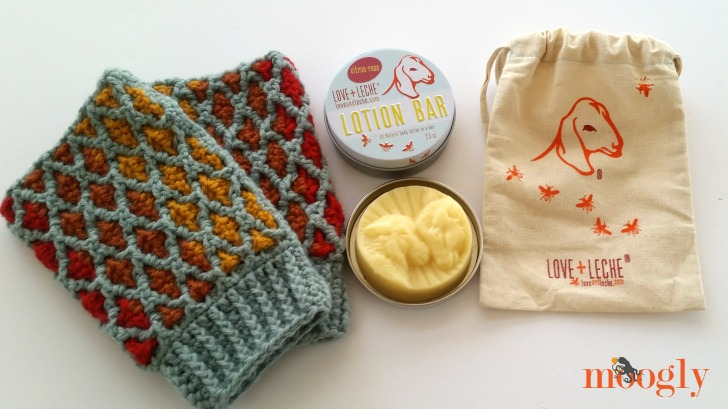Love + Leche Lotion Bars and the Love Plus Mitts by Moogly - what a great combo!