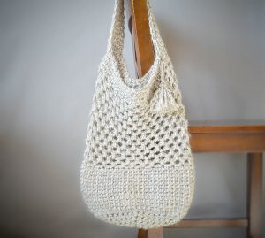 10 Quick Crochet Gift Ideas for Mother's Day - all FREE! Featuring Lion Brand Yarn, get the list on Mooglyblog.com!