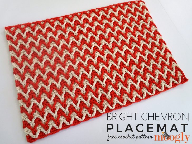 Bright Chevron Placemat - free crochet pattern on Mooglyblog.com!