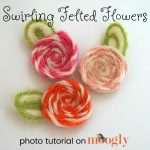 Swirling Felted Flowers - photo tutorial on Mooglyblog.com!