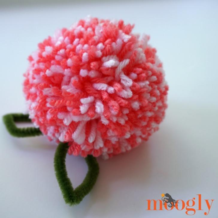 How to make a Floral Pom Pom Gift Topper - DIY craft tutorial on Mooglyblog.com!
