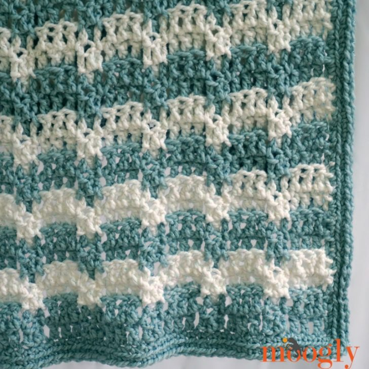 Snowdrifts Afghan: free crochet pattern on Mooglyblog.com