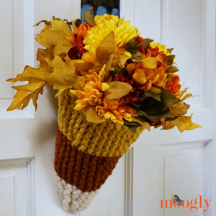 Candy Corn Door Basket - free crochet pattern on Mooglyblog.com!