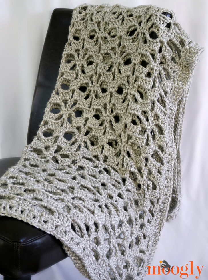 Snowflake Lace Throw - free crochet pattern on Moogly! Make it with Super Bulky yarn in just 2 days!