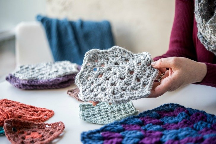 Classic Crochet: The Granny Stitch - Craftsy class by Tamara Kelly of Moogly! Includes the Granny Stitch Hooded Vest Pattern and more!