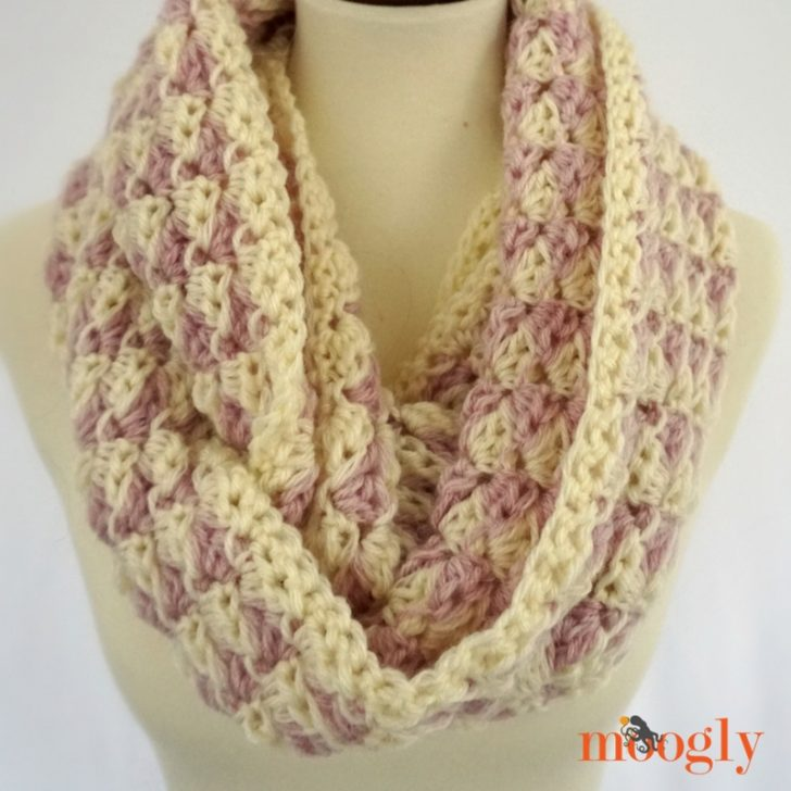 Parkway Scarf - free crochet pattern on Moogly!