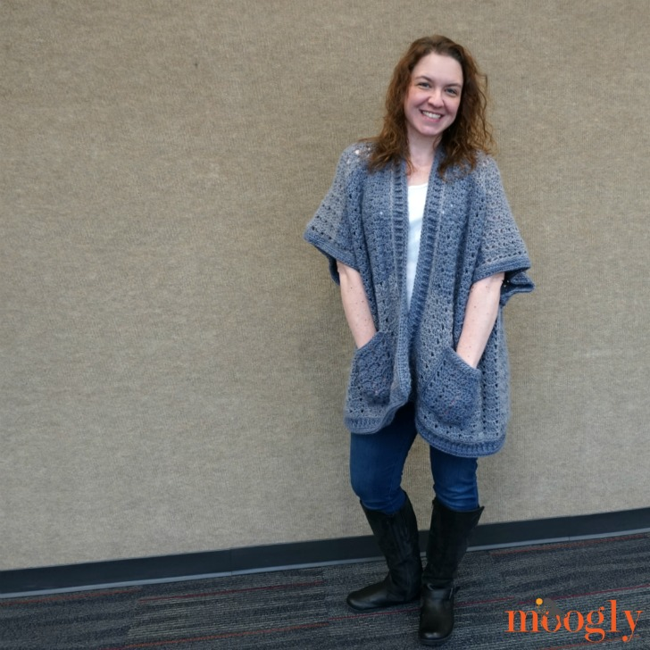 Riverbend Cardigan - free crochet pattern in 2 sizes on Moogly!