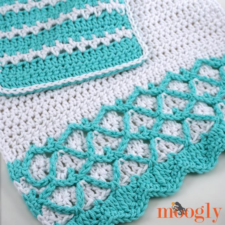 Mermaid Towel and Washcloth Set - together, closeup