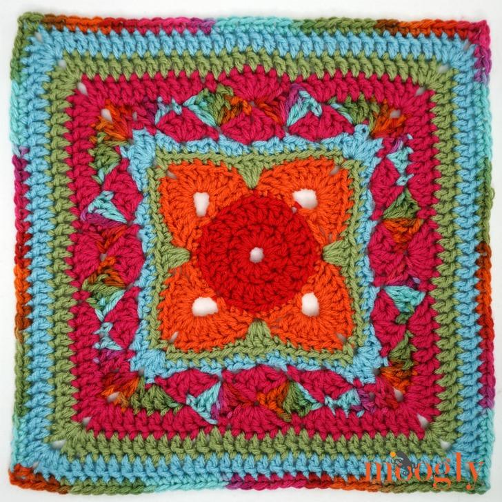MooglyCAL2018 Block #10, courtesy of Cre8tion Crochet