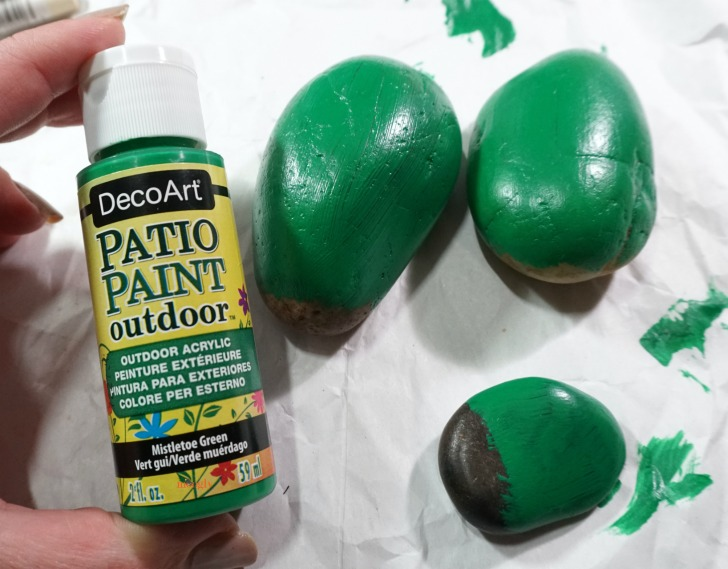 DecoArt Patio Paint Outdoor was a great first step for the Cactus Painted Rocks on Moogly!
