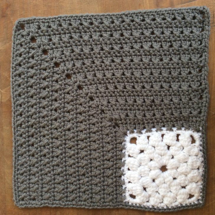 MooglyCAL2018 Block #14 - Clusters In The Corner Square by Underground Crafter