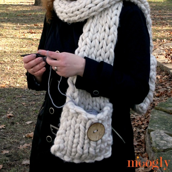 Big Fast Pocket Scarf - hold yarn in the pocket