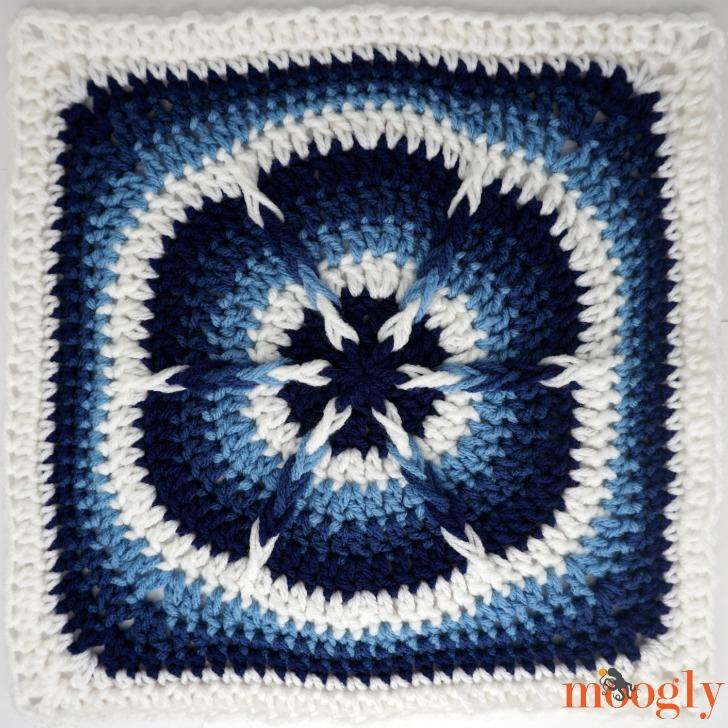 MooglyCAL2019 Block #2: Festive Julie Ann by Linda Dean Crochet