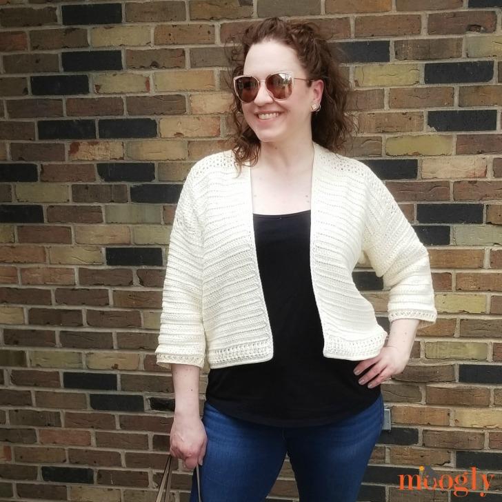 Paloma Cardigan - modeled in size large/xl, free pattern on Moogly