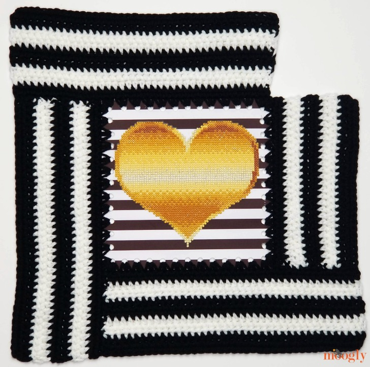 Tilted Heart Tote - section 4
