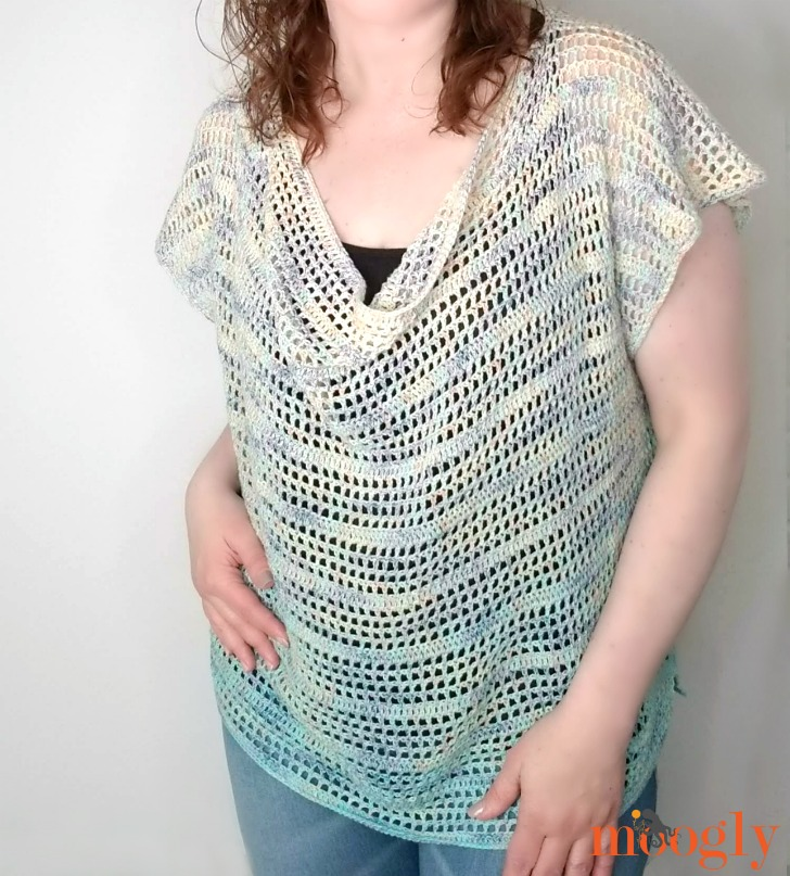 Cupcake Tee - modeled, closeup, get the free pattern on moogly!