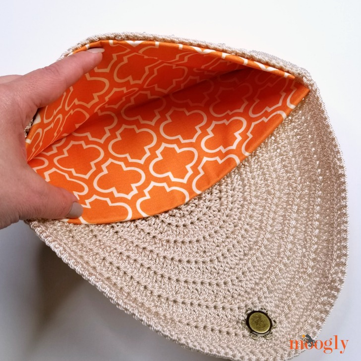 Perfect Summer Crochet Clutch - open view