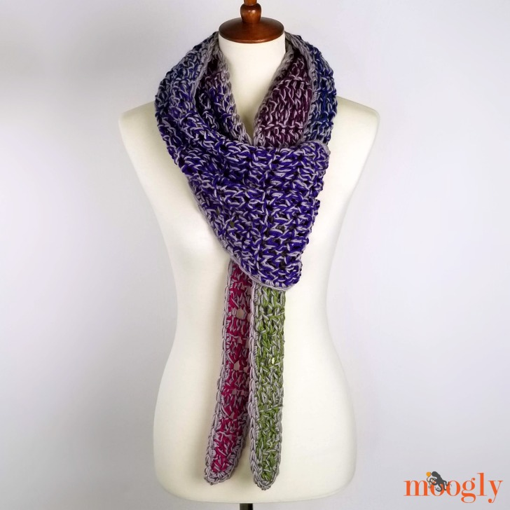 Chic Halftime Shawl - looped,, free pattern on Moogly