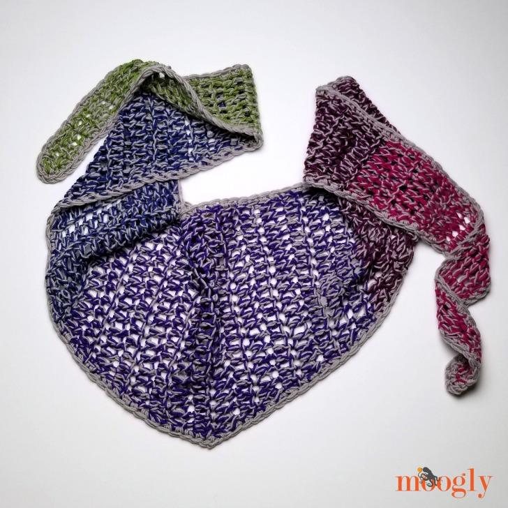 Chic Halftime Shawl - free pattern on Moogly
