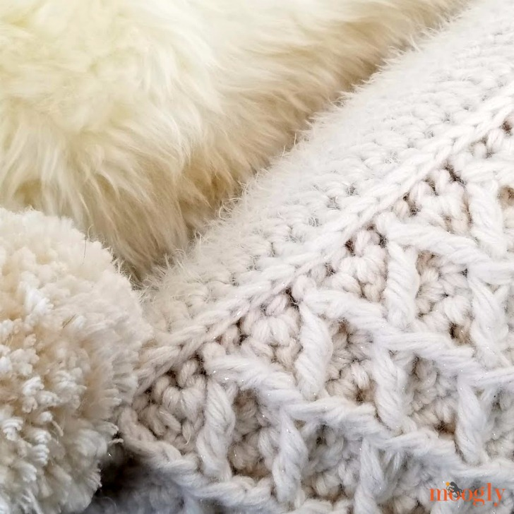 Hygge Diamond Pillow - both sides, closeup - free crochet pattern on Moogly