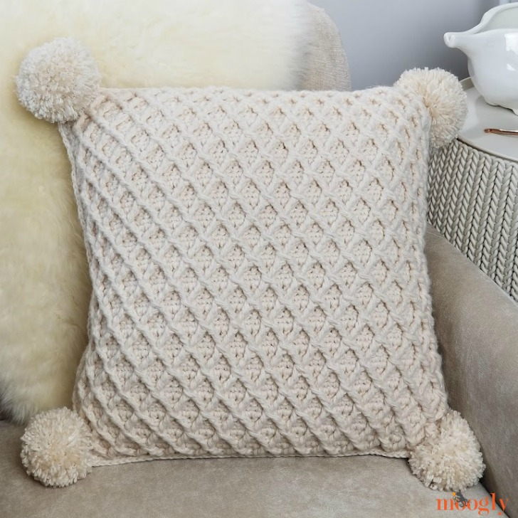 Hygge Diamond Pillow - diamond side - free crochet pattern on Moogly!