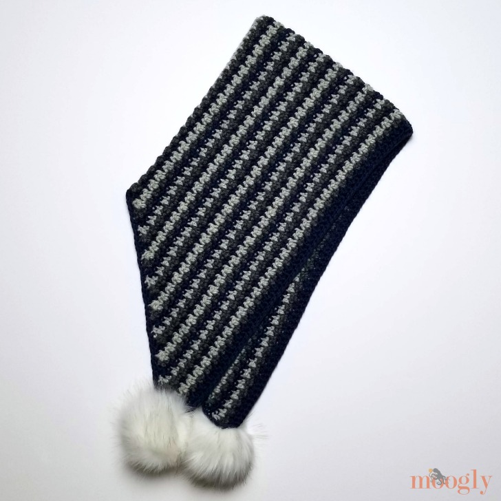 Trenta Hood - make the free crochet pattern on Moogly!
