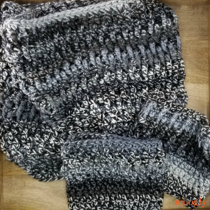 Smokestack Cowl and Boot Cuffs - get both pattern on Moogly!