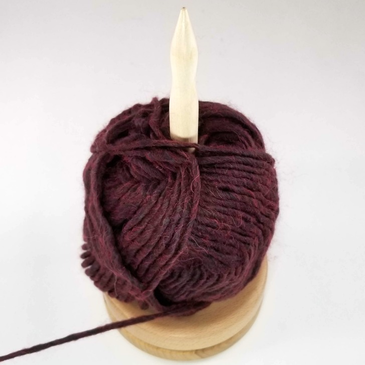 Knitter's Pride Natural Yarn Dispenser Giveaway on Moogly - with the yarn on
