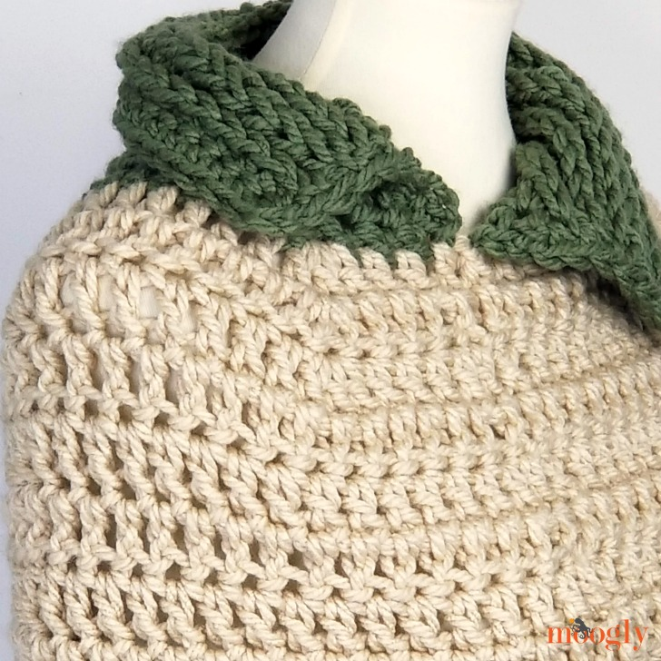 Stitch In Time Capelet - free pattern on Moogly!