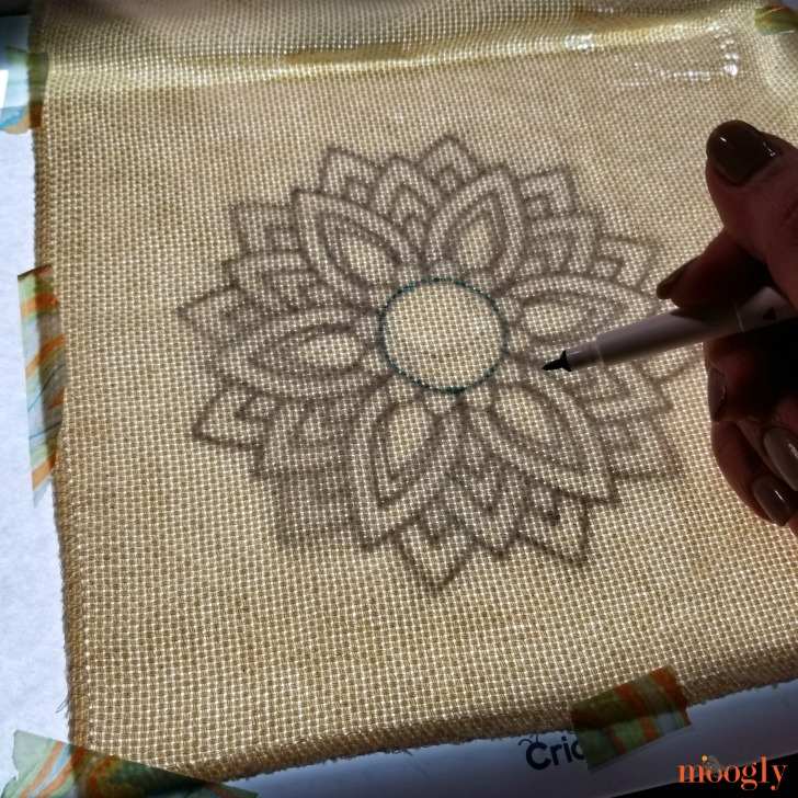 Flower Burst Punch Needle Pattern - use the Cricut Washable Fabric Pen and BrightPad to transfer the design