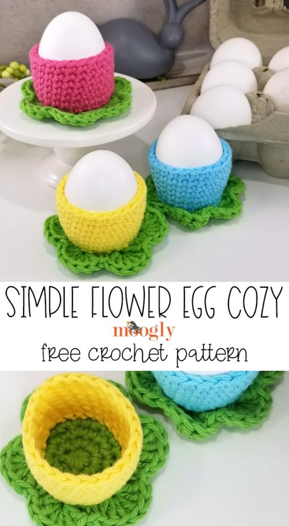 Simple Flower Egg Cozy - free pattern on Moogly!