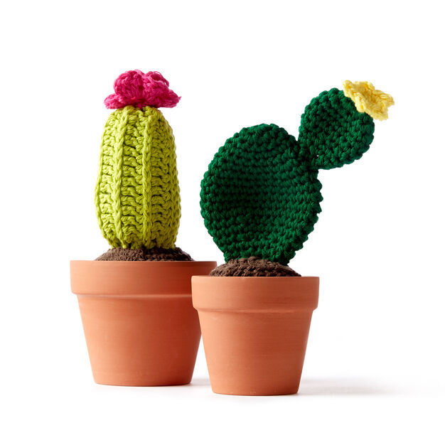 Lily Sugar'n Cream Crochet Cacti - free patterns!