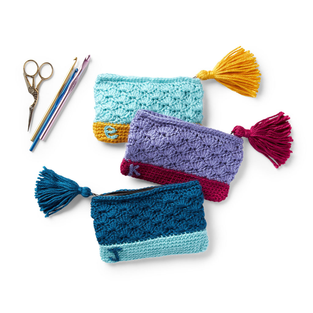 Bernat Monogram Crochet Pouch -free pattern!