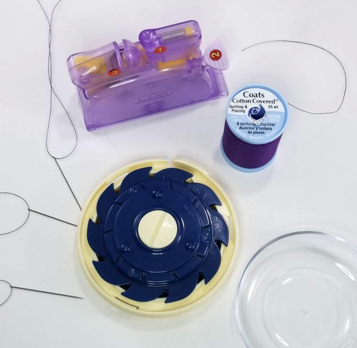 Clover Dome Threaded Needle Case prep