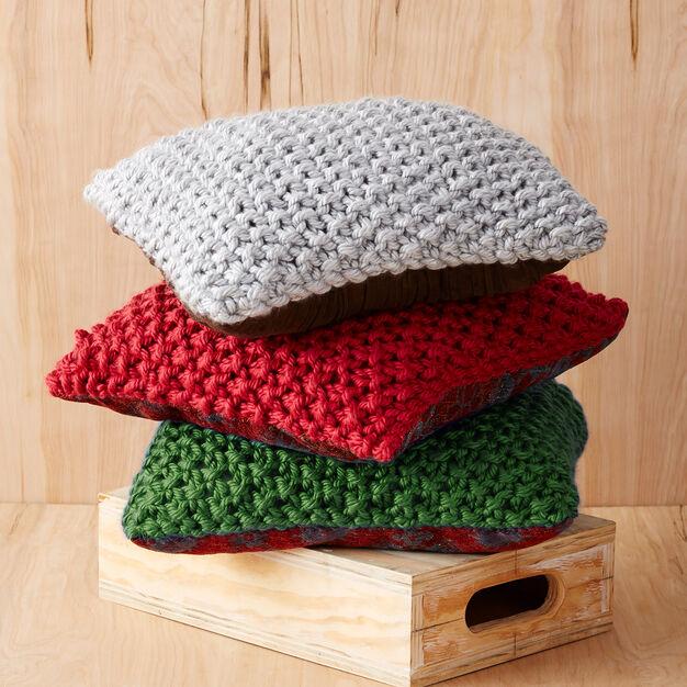 Bernat Perfect Christmas Pillows - free pattern!