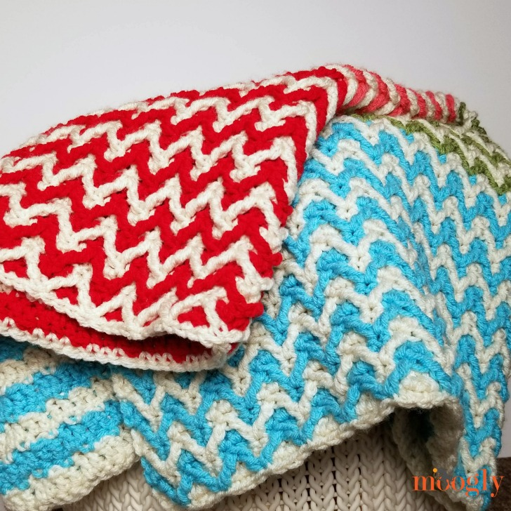 Bright Chevron Borderless Blanket - messy fold