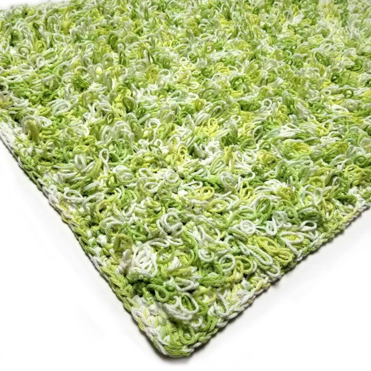 Lily Loop Stitch Lawn Rug - free pattern by Tamara Kelly for Yarnspirations