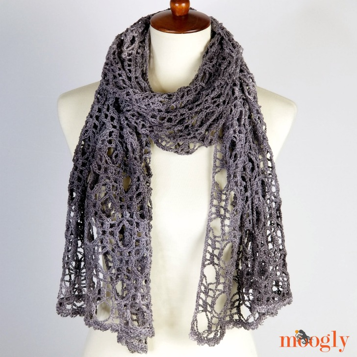 New Moon Wrap - free crochet pattern by Moogly