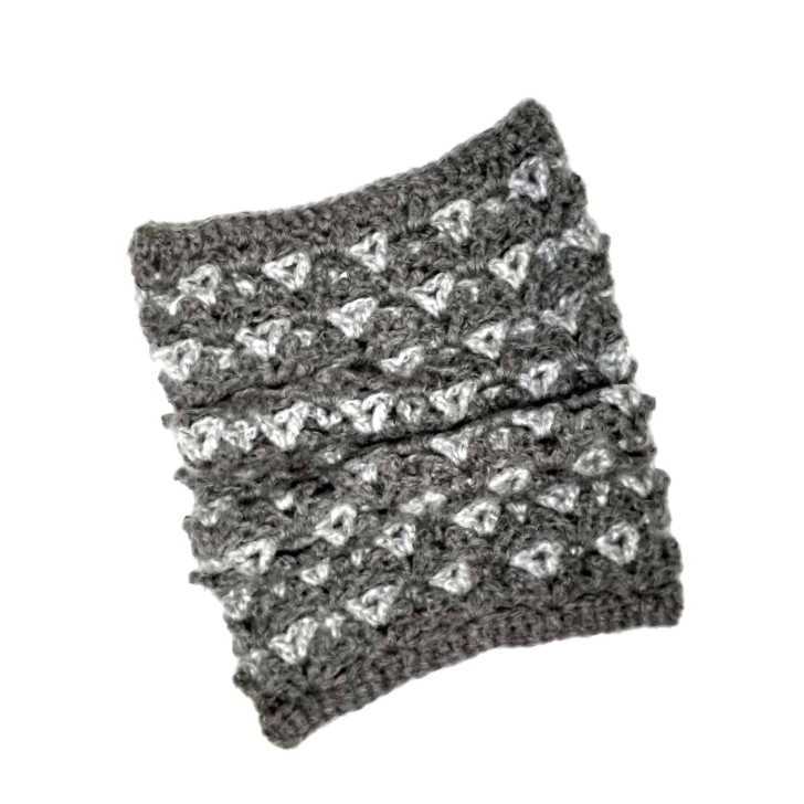 Patons Modern Picots Crochet Cowl laid flat