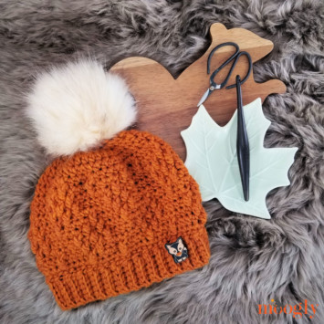 Rustic Diamond Hat on a fur background