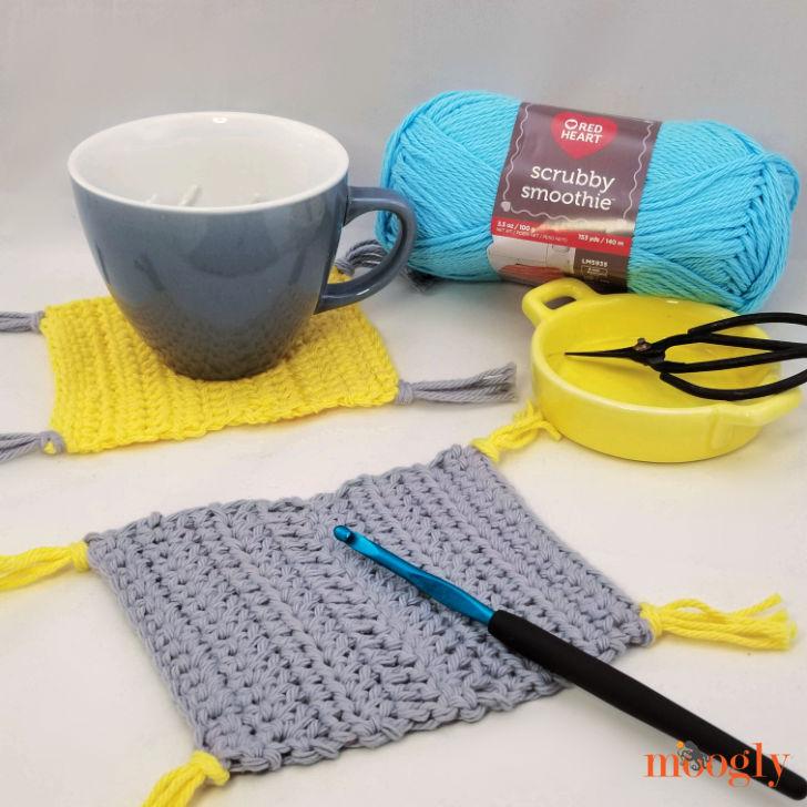 Learn to Crochet Mug Rug - learn how to crochet and make a fun mug rug with Moogly!