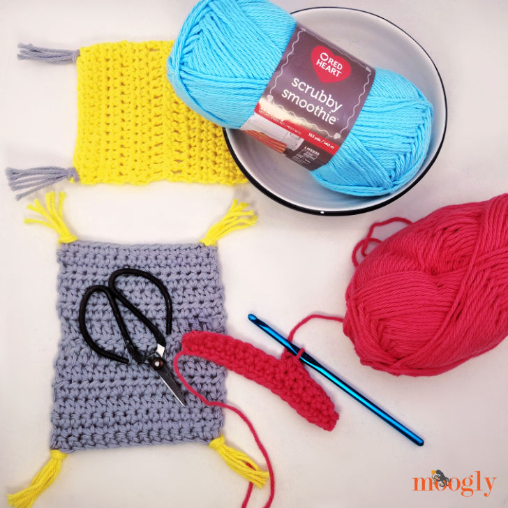 Learn to Crochet Mug Rug Tutorial Videos on Moogly